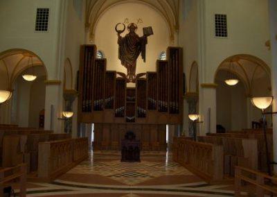 church-furnishings-10