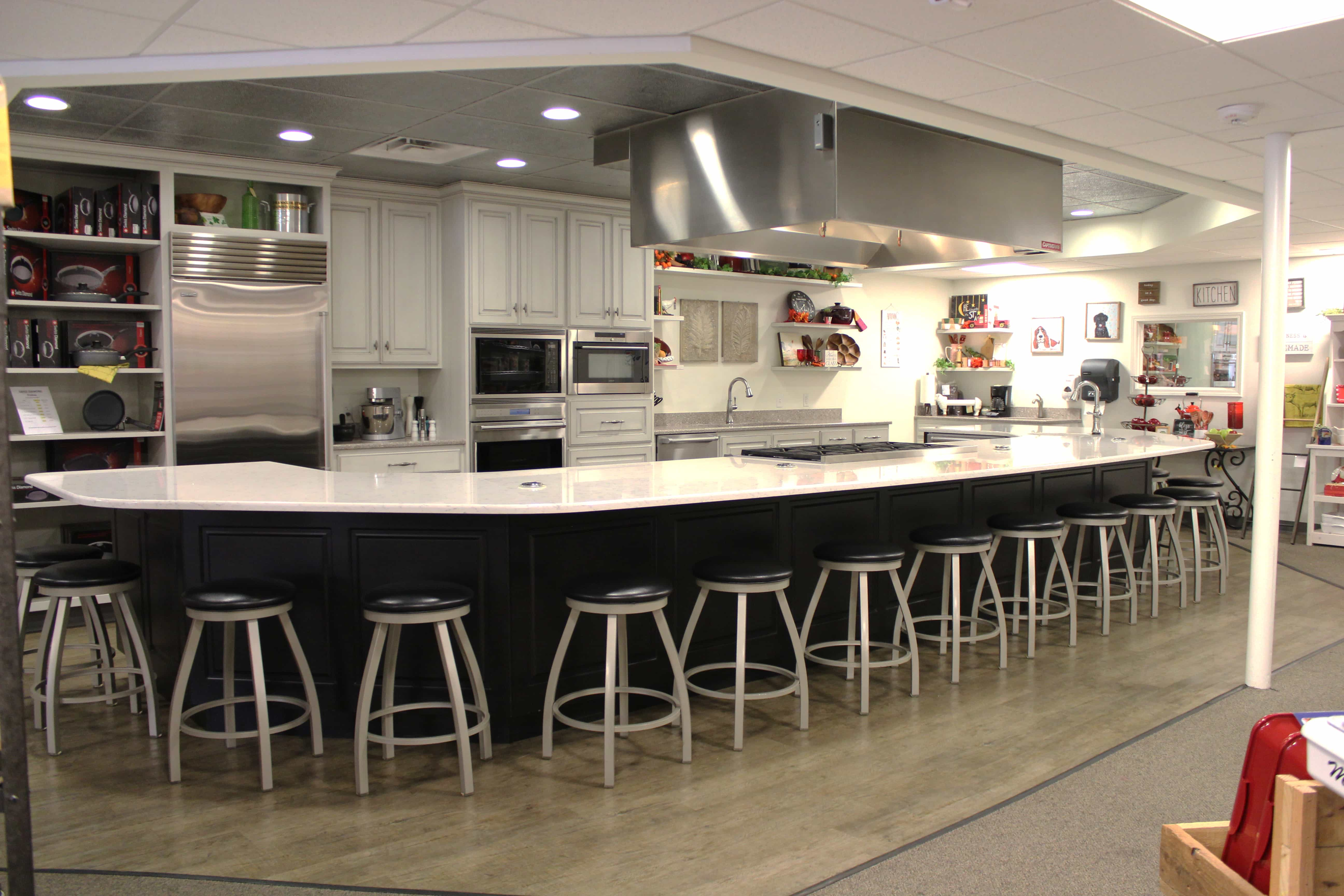 Kitchen Islands Evansville IN